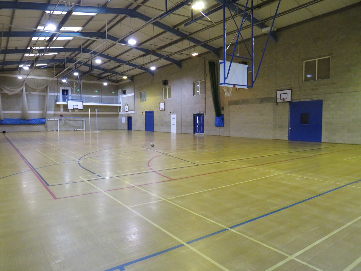 Sports Hall - Riddlesdown Collegiate - Surrey - 2 - SchoolHire