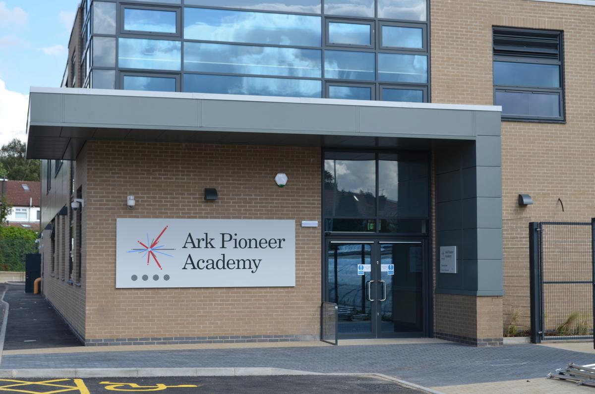 SLS @ Ark Pioneer Academy - Barnet - 1 - SchoolHire
