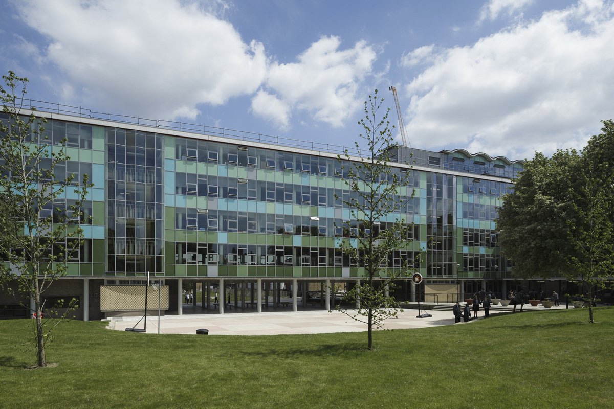SLS @ Ark Putney Academy - Wandsworth - 1 - SchoolHire