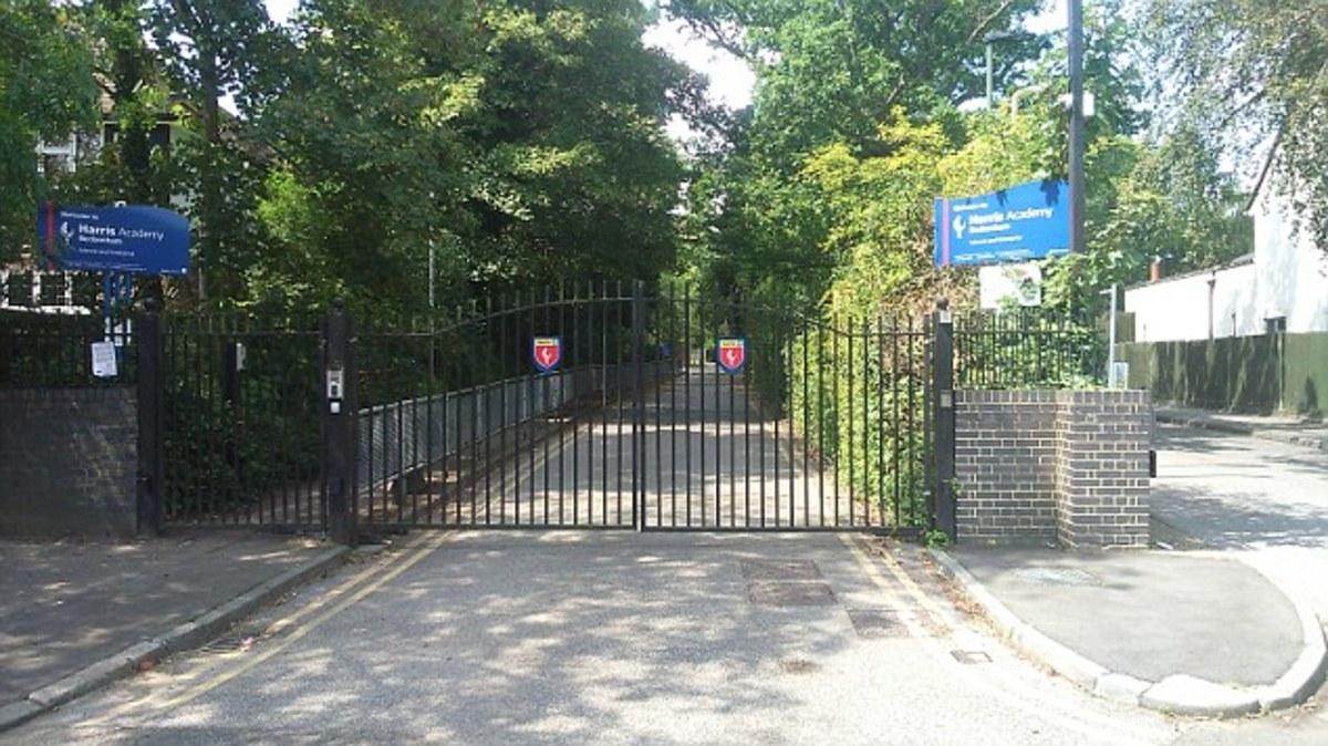 SLS @ Harris Academy Beckenham - Bromley - 3 - SchoolHire