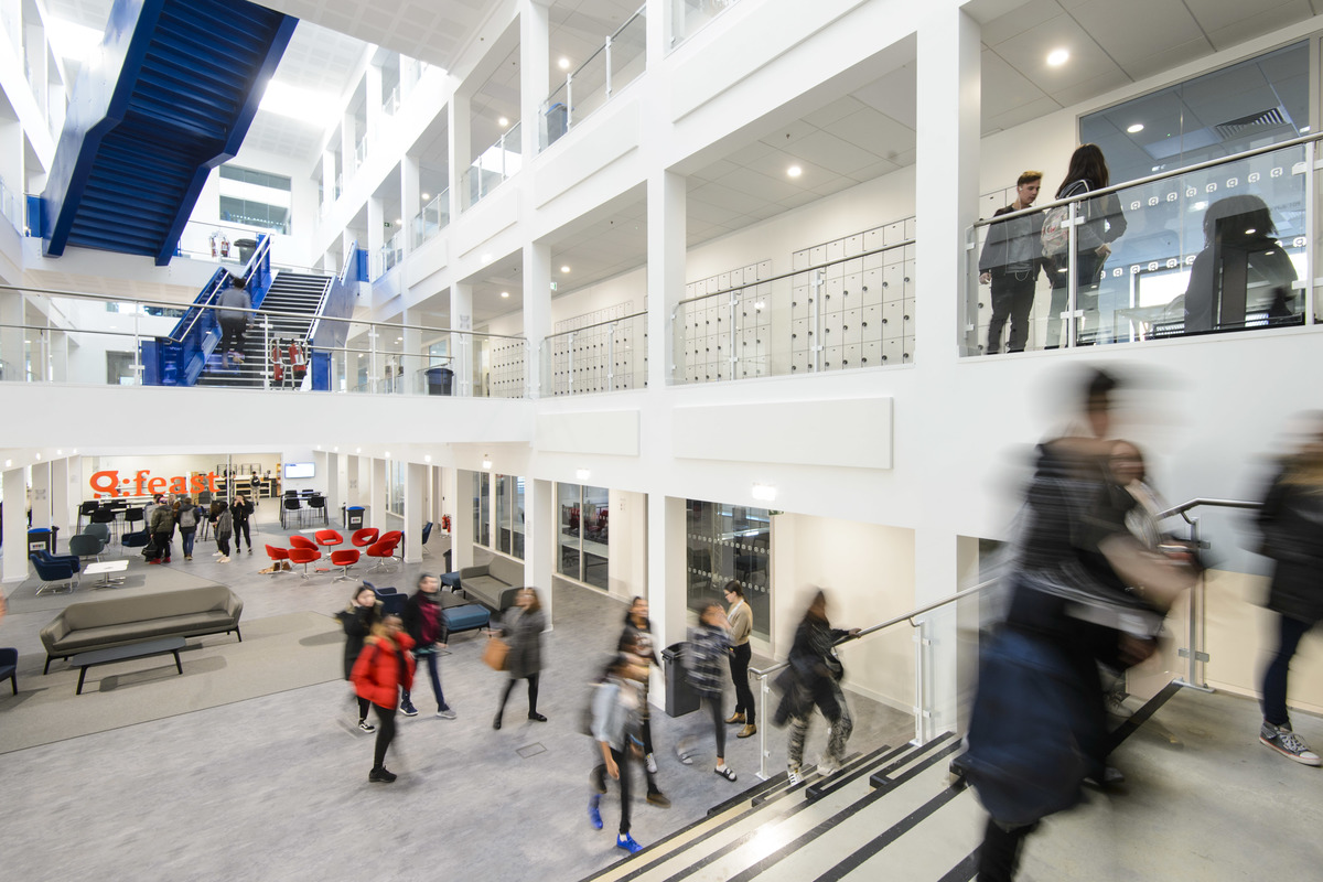 SLS @ Global Academy - Hillingdon - 3 - SchoolHire