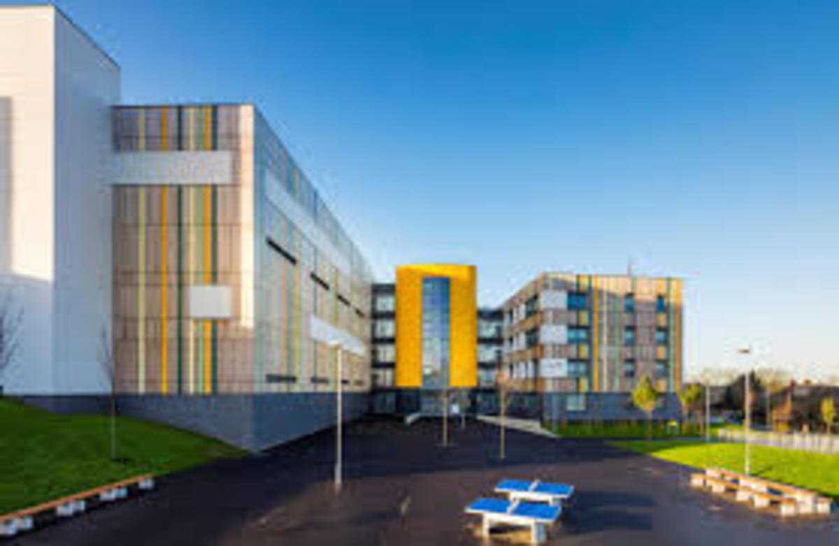 SLS @ Crest Academy - Brent - 2 - SchoolHire