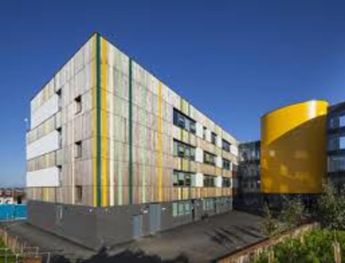 SLS @ Crest Academy - Brent - 3 - SchoolHire