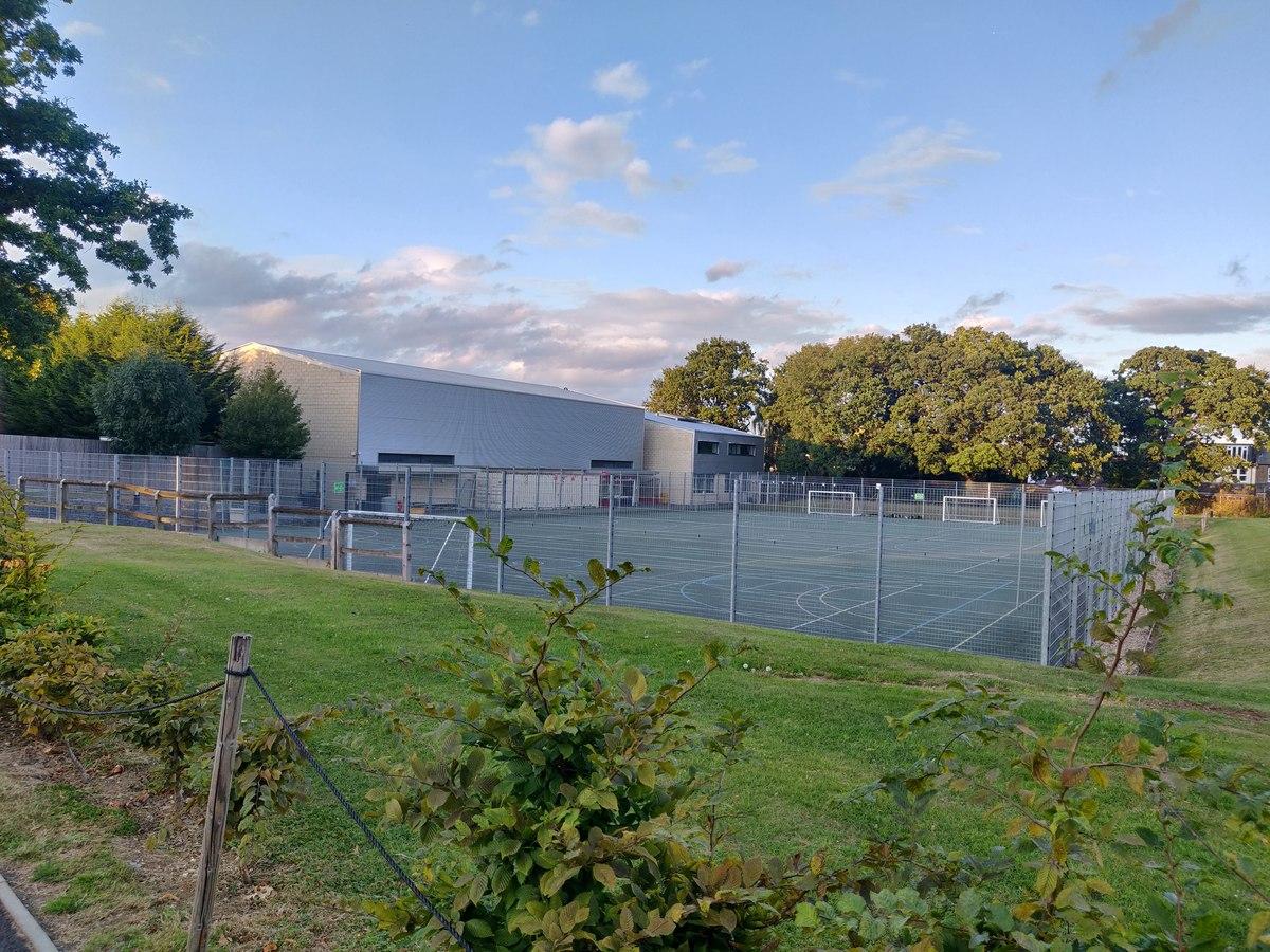 SLS @ Wren Academy - Barnet - 2 - SchoolHire