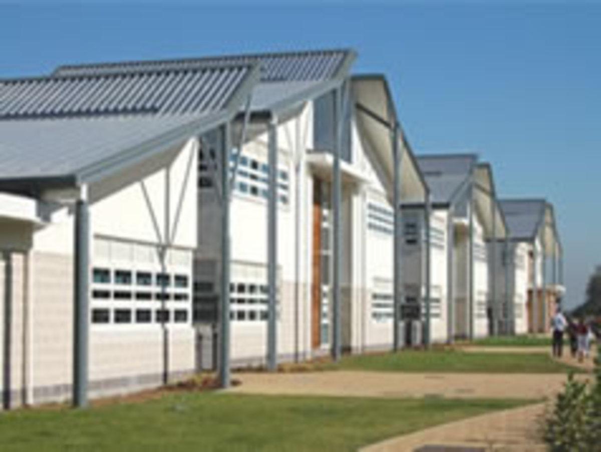SLS @ Thomas Becket Catholic School - Northamptonshire - 2 - SchoolHire