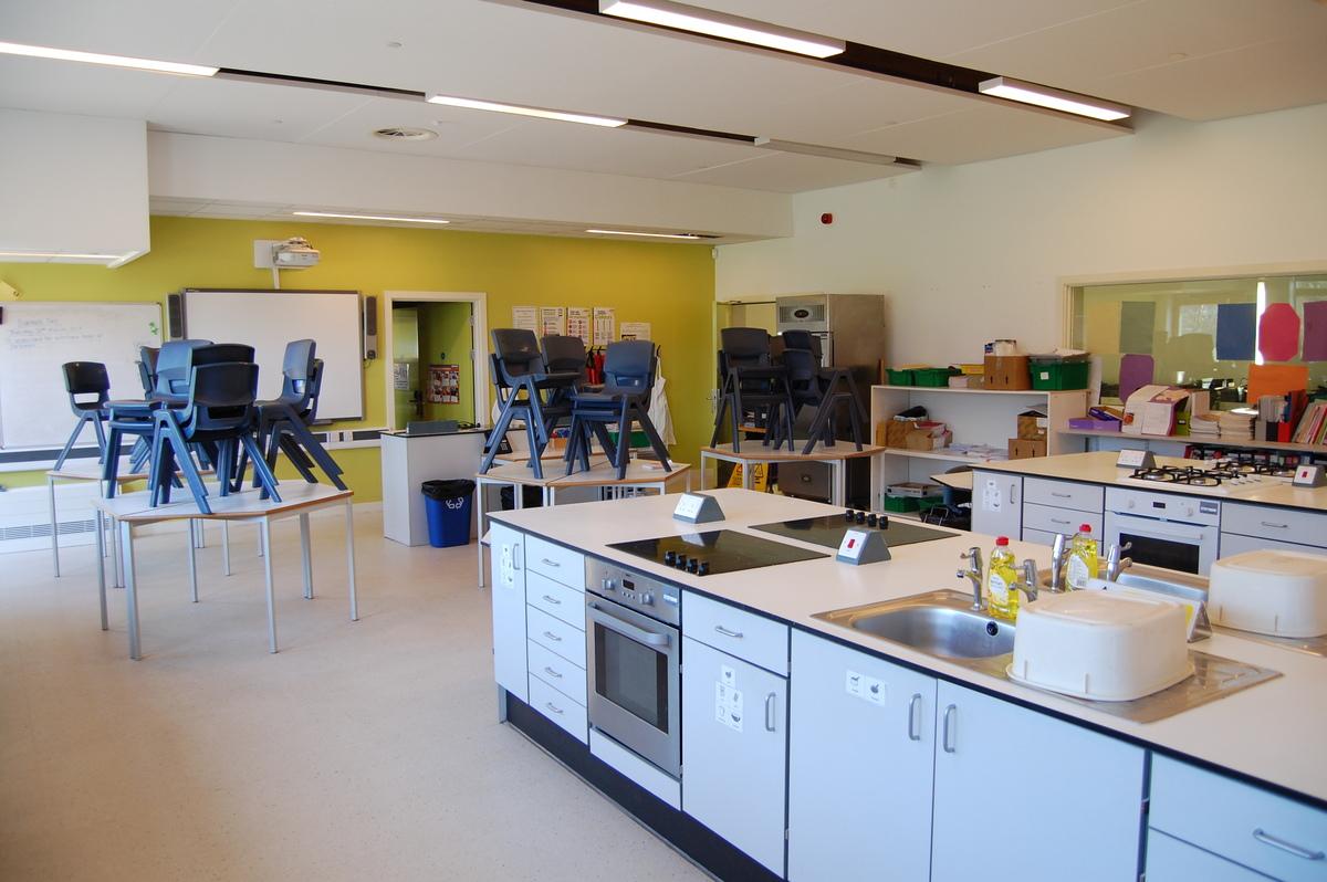 Food Technology Room - City Academy Norwich - Norfolk - 3 - SchoolHire