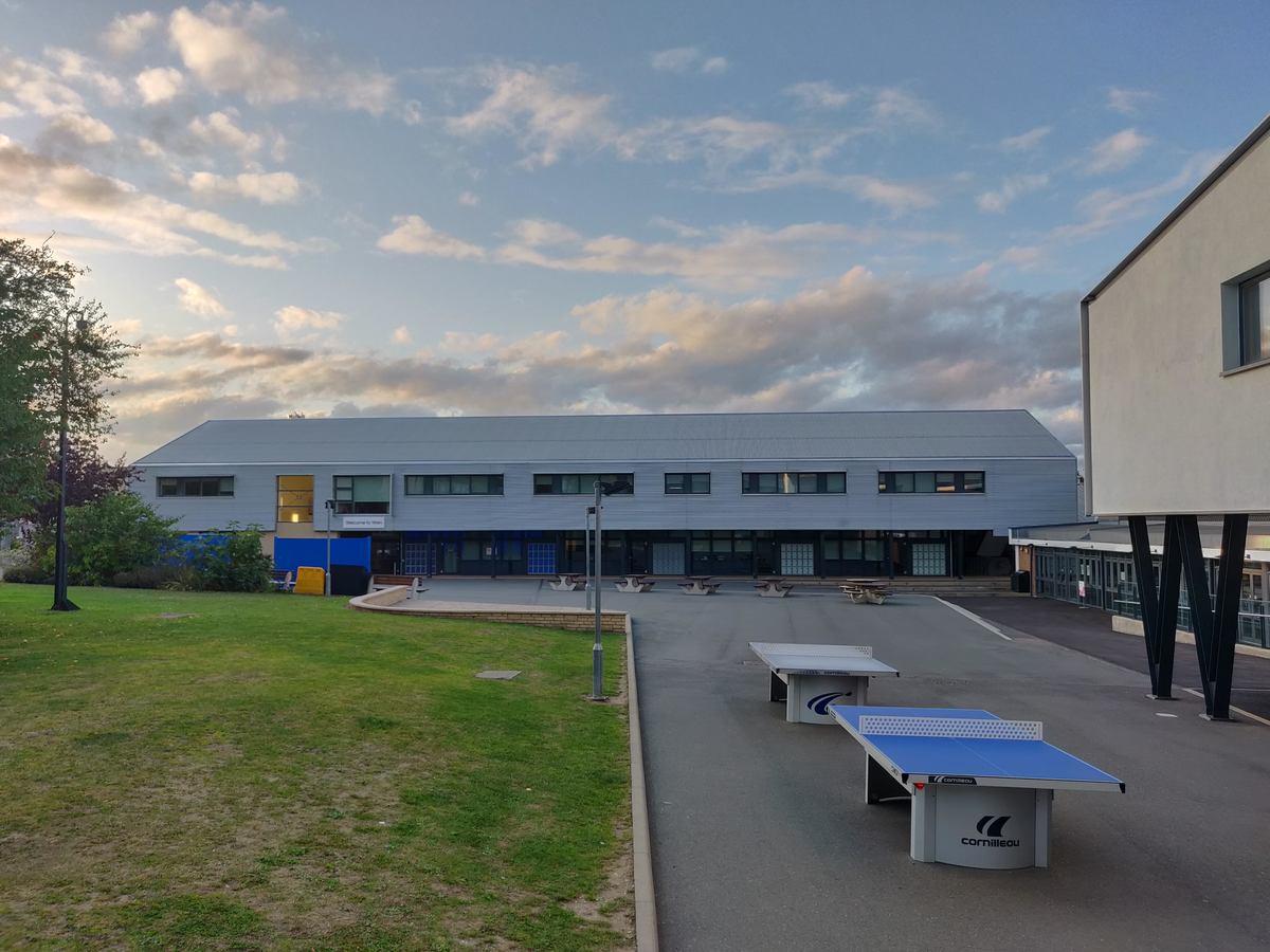 SLS @ Wren Academy - Barnet - 3 - SchoolHire