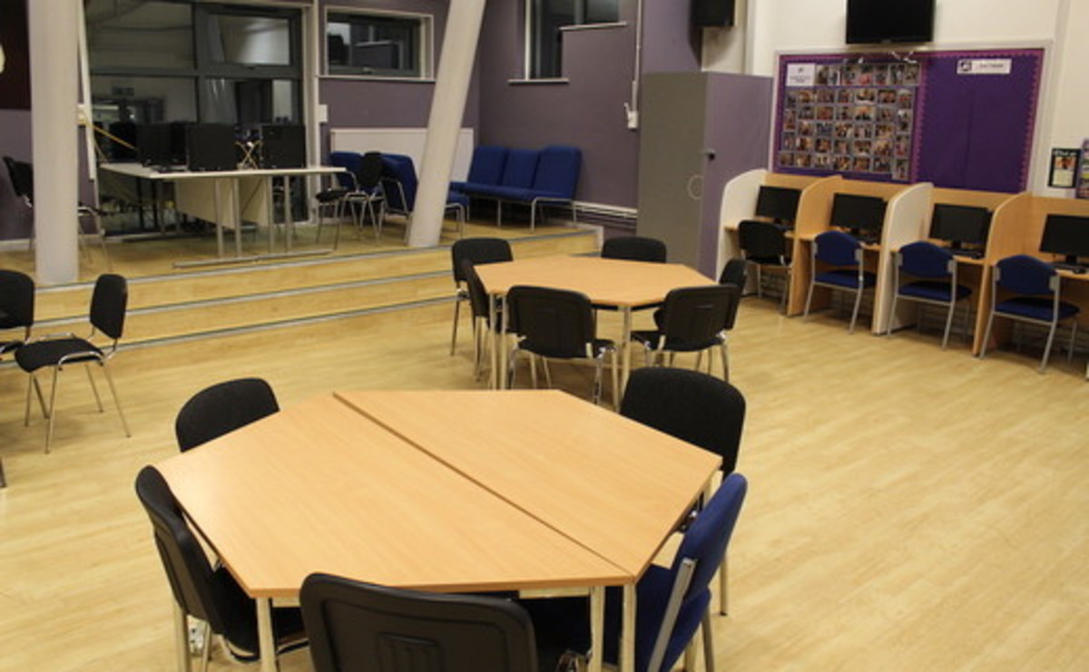 Specialist Classroom - Training Centre - SLS @ Beverley Grammar School - East Riding of Yorkshire - 1 - SchoolHire