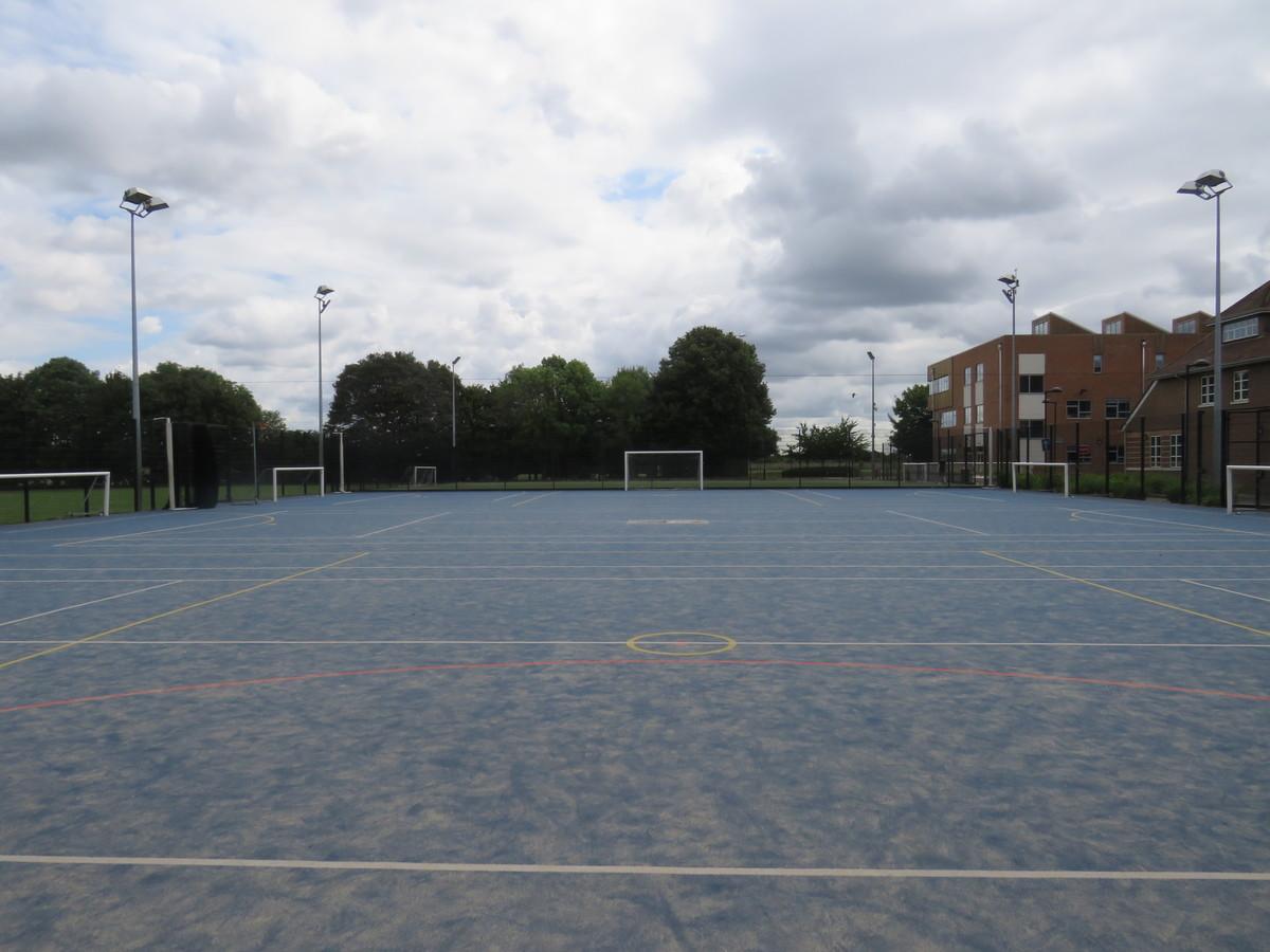 Blue Pitch - Heston Community School - Hounslow - 3 - SchoolHire
