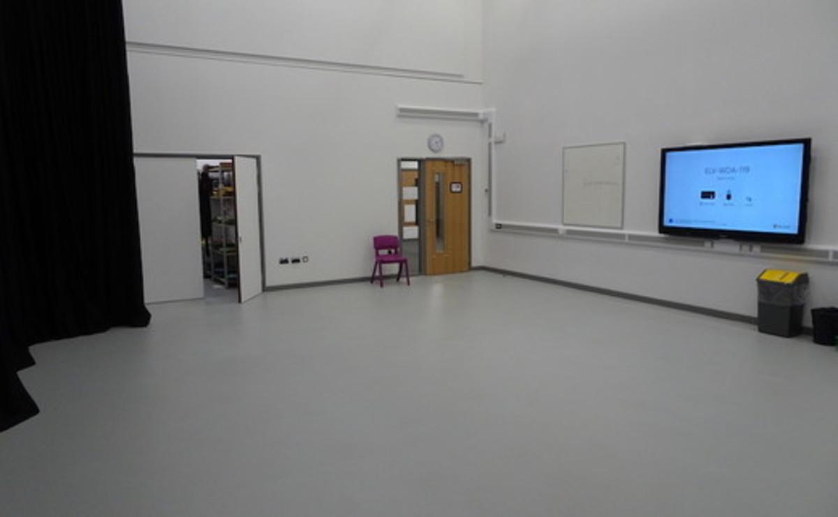 Drama Studio - 120 - SLS @ Ark Elvin Academy - Brent - 2 - SchoolHire