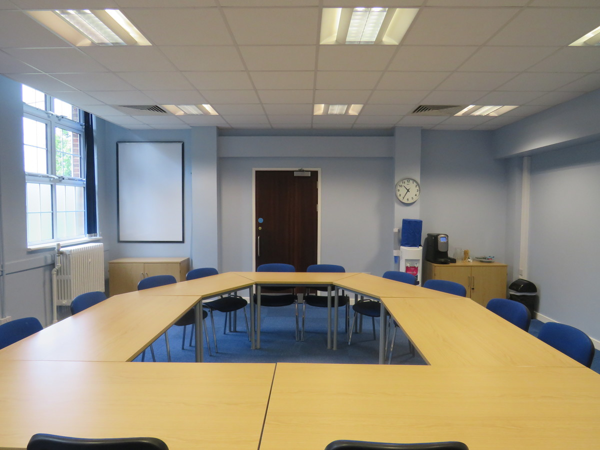 Conference Room CR1 - Heston Community School - Hounslow - 4 - SchoolHire