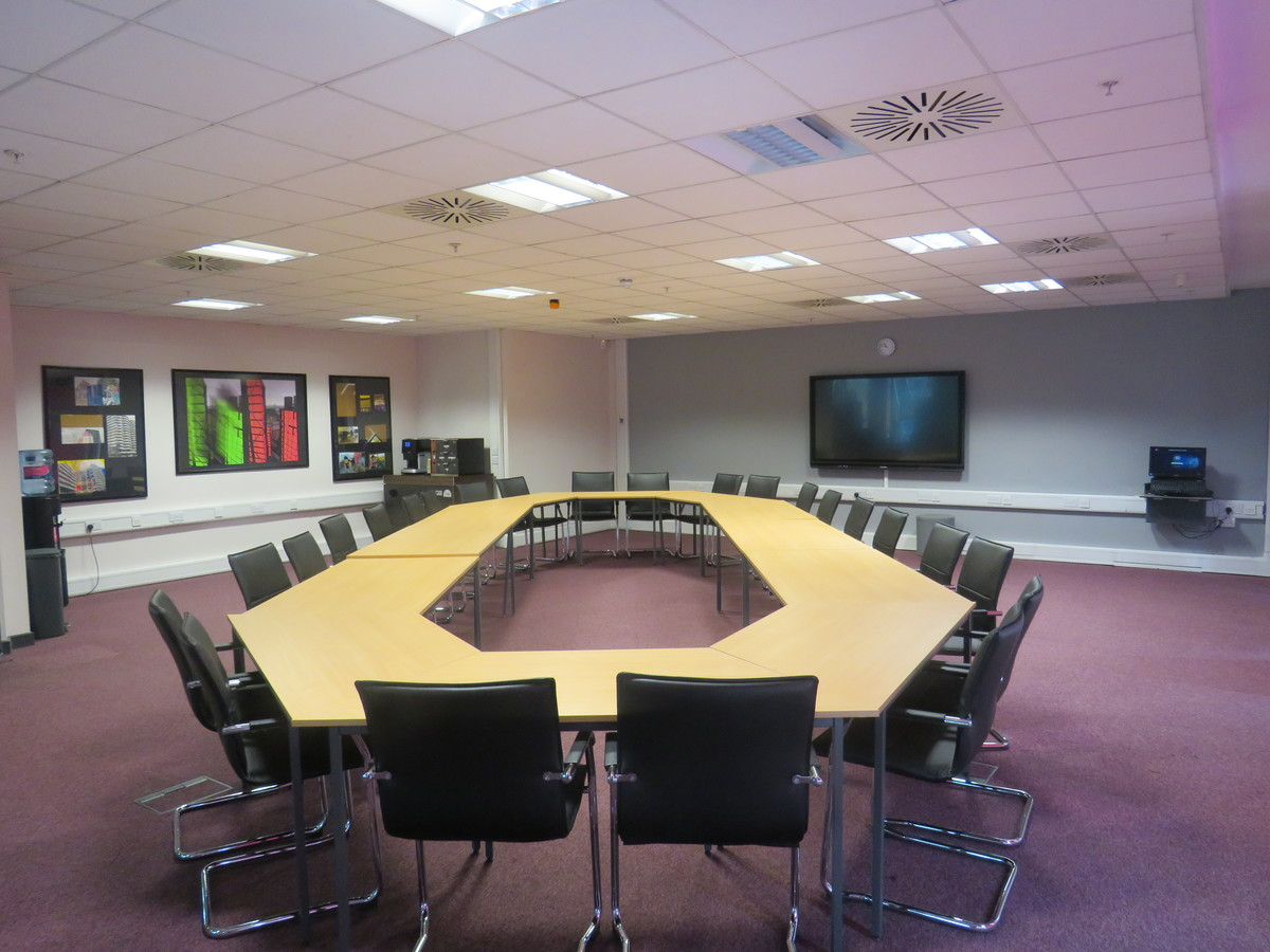 Conference Room CR3 - Heston Community School - Hounslow - 1 - SchoolHire