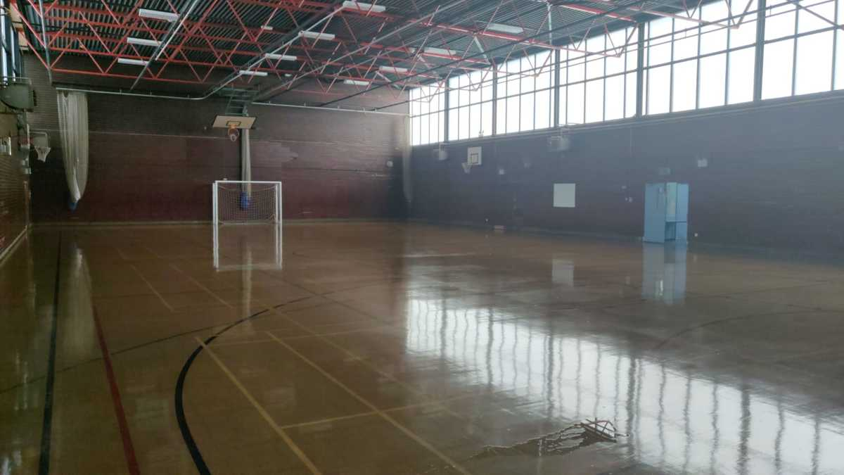 Sports Hall - SLS @ Dinnington High School - Sheffield - 7 - SchoolHire