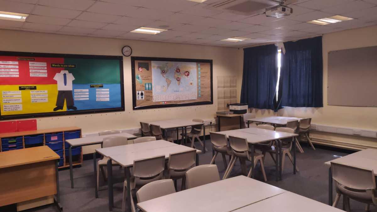 Classrooms - SLS @ Dinnington High School - Sheffield - 1 - SchoolHire
