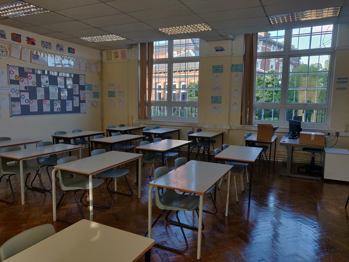 Classrooms - SLS @ St Edwards College - Liverpool - 3 - SchoolHire