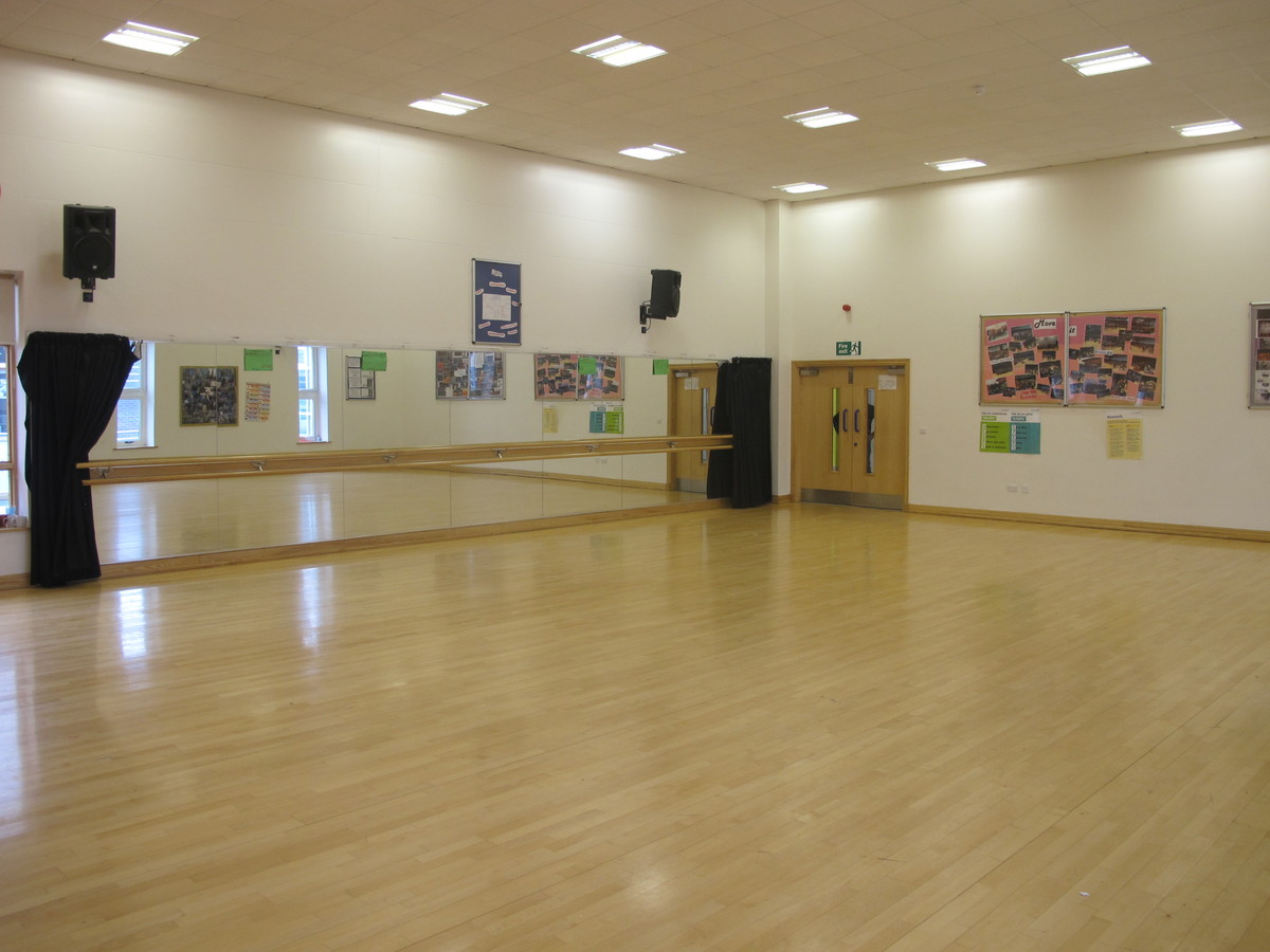 Dance Studio For Hire In Swindon Wiltshire Schoolhire