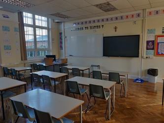 Classrooms - SLS @ St Edwards College - Liverpool - 1 - SchoolHire