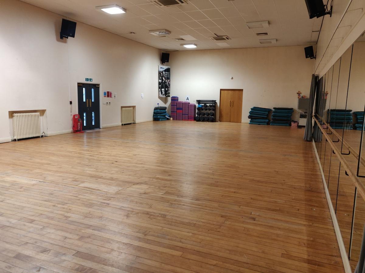 Dance Studio  - SLS @ St Edwards College - Liverpool - 3 - SchoolHire