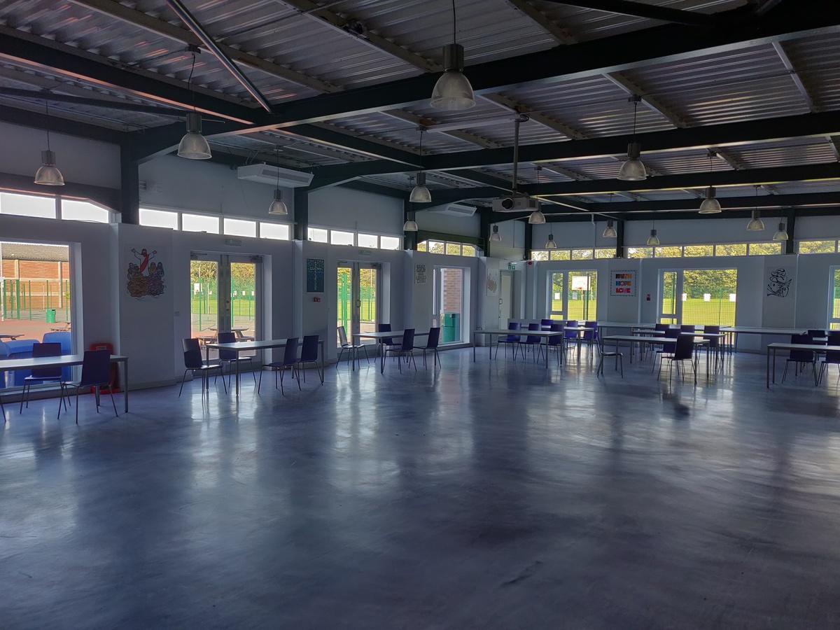 Dining Room - SLS @ St Edwards College - Liverpool - 3 - SchoolHire