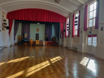 Main Hall  - SLS @ St Edwards College - Liverpool - 4 - SchoolHire