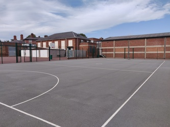 Netball Court  - SLS @ St Edwards College - Liverpool - 3 - SchoolHire