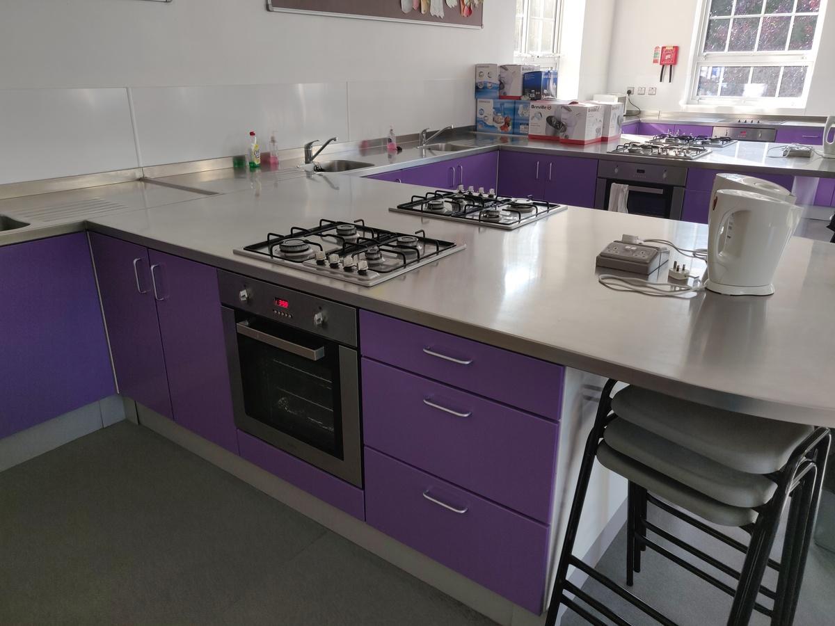 Specialist Classroom - Cooking Room - SLS @ St Edwards College - Liverpool - 1 - SchoolHire
