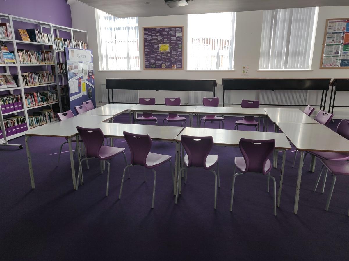 Specialist Classroom - Meeting Room - SLS @ St Edwards College - Liverpool - 1 - SchoolHire