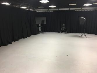Photography Studio - UTC@MediaCityUK - Manchester - 4 - SchoolHire