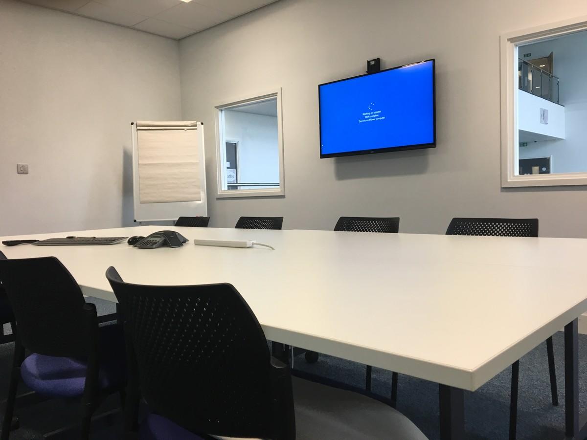 Meeting Room - UTC@MediaCityUK - Manchester - 4 - SchoolHire
