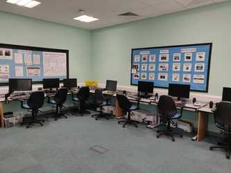 Specialist Classroom - ICT Room - SLS @ Redbridge Bank View High Schools - Liverpool - 3 - SchoolHire