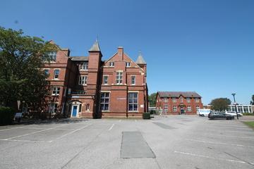 SLS @ Ripon Grammar School - North Yorkshire - 3 - SchoolHire