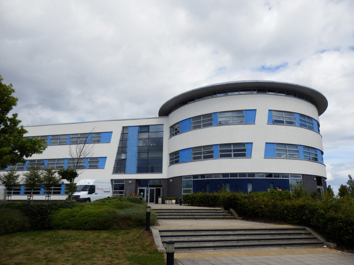 SLS @ John Henry Newman Catholic College - Birmingham - 1 - SchoolHire