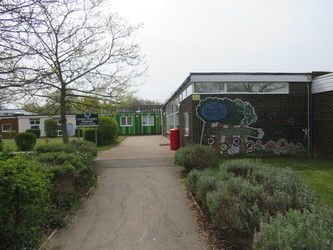 Cooks Spinney Primary Academy - Essex - 4 - SchoolHire