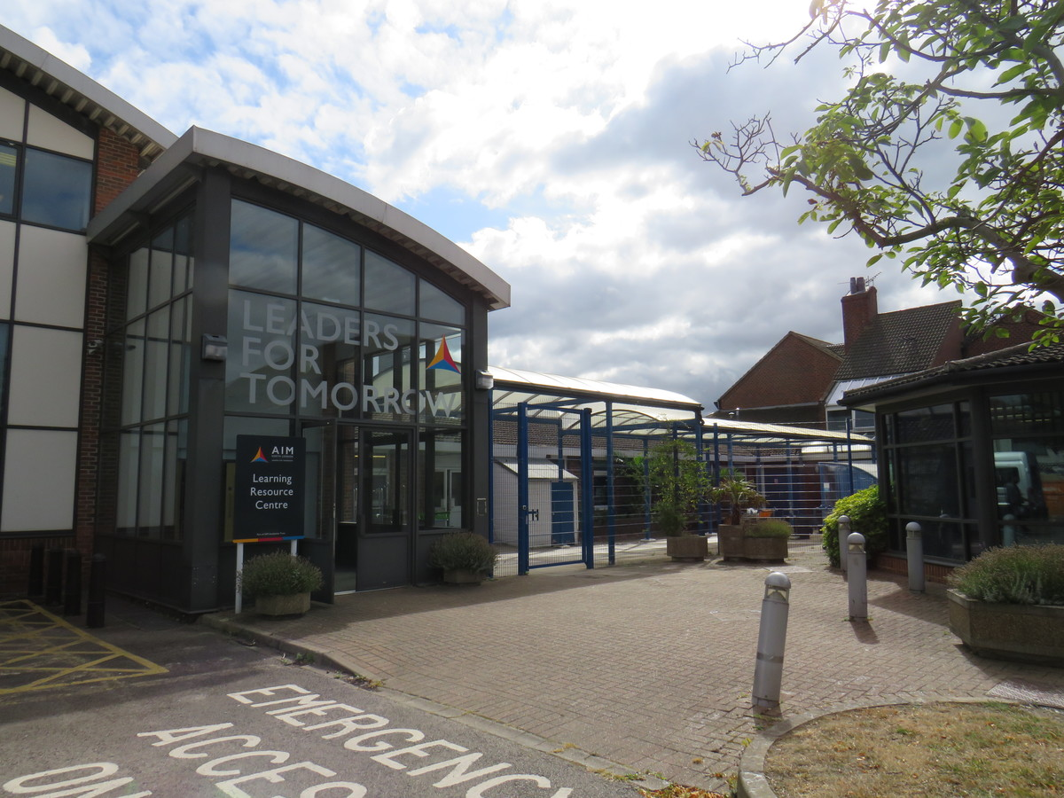 AIM North London - Enfield - 2 - SchoolHire