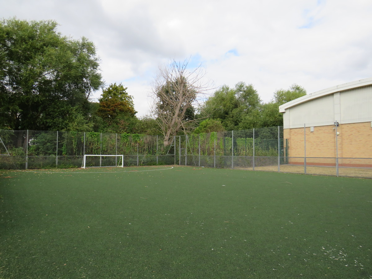 5 Aside 3G Pitch - AIM North London - Enfield - 4 - SchoolHire