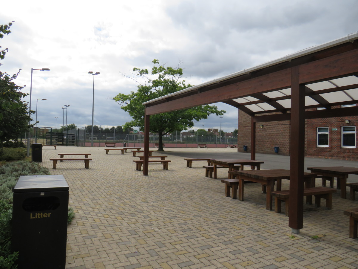 Picnic Area - AIM North London - Enfield - 3 - SchoolHire