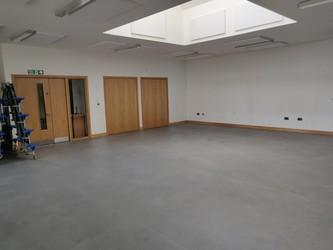Dining Hall - Studio - SLS @ Manor Park Primary School - Sutton - 2 - SchoolHire