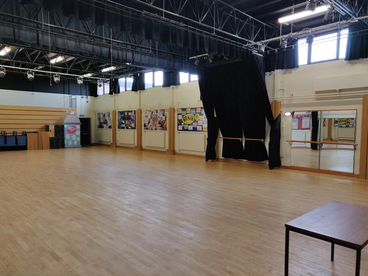 SLS @ Cardinal Allen Catholic High School - Lancashire - 4 - SchoolHire