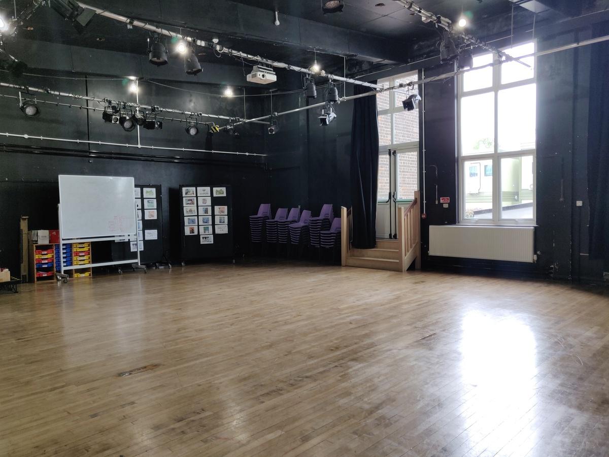 Drama Studio - SLS @ Ravens Wood School - Bromley - 2 - SchoolHire