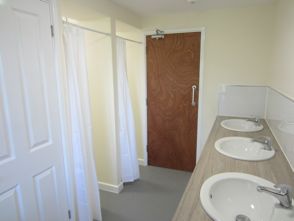 Self Catering Accommodation - Bachelor's Hall - Devon - 2 - SchoolHire
