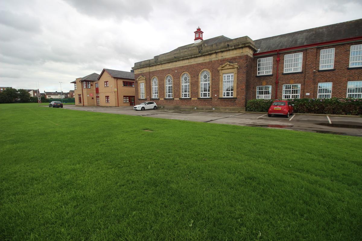 SLS @ Audenshaw School - Manchester - 1 - SchoolHire