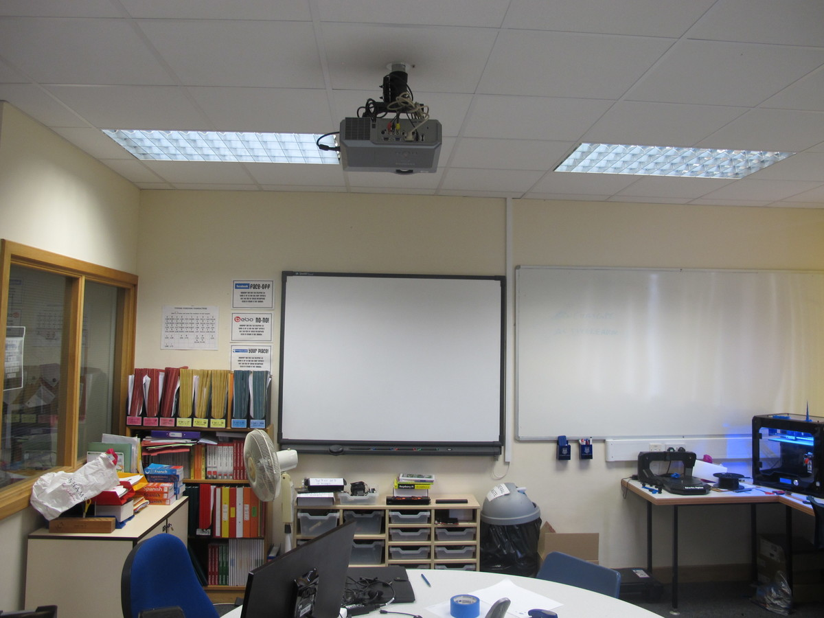 IT Suite - St Edward's School - Gloucestershire - 3 - SchoolHire