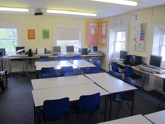 Music Room - St Edward's School - Gloucestershire - 4 - SchoolHire