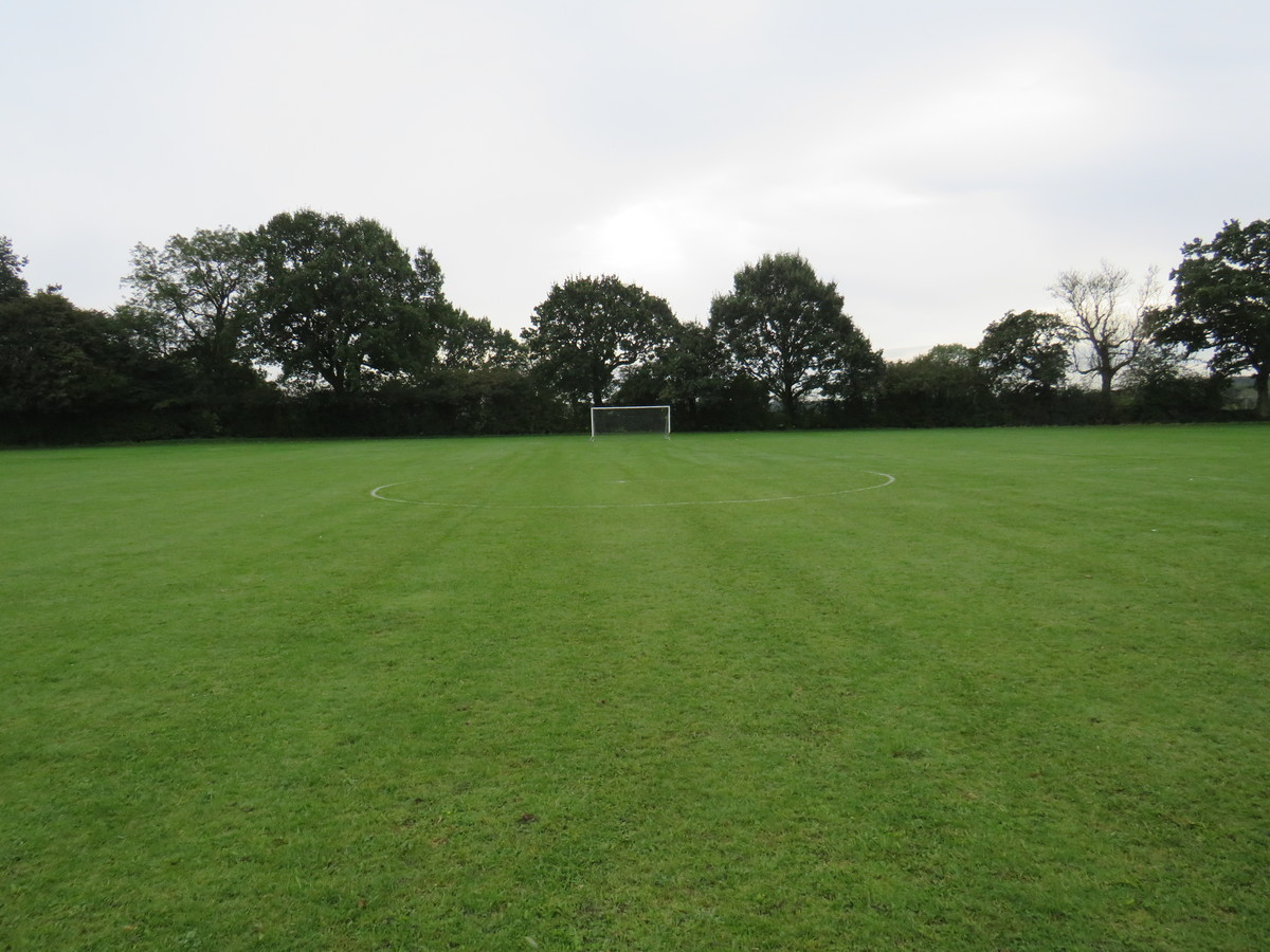 9 a side Grass Pitch - South Charnwood High School - Leicestershire - 3 - SchoolHire