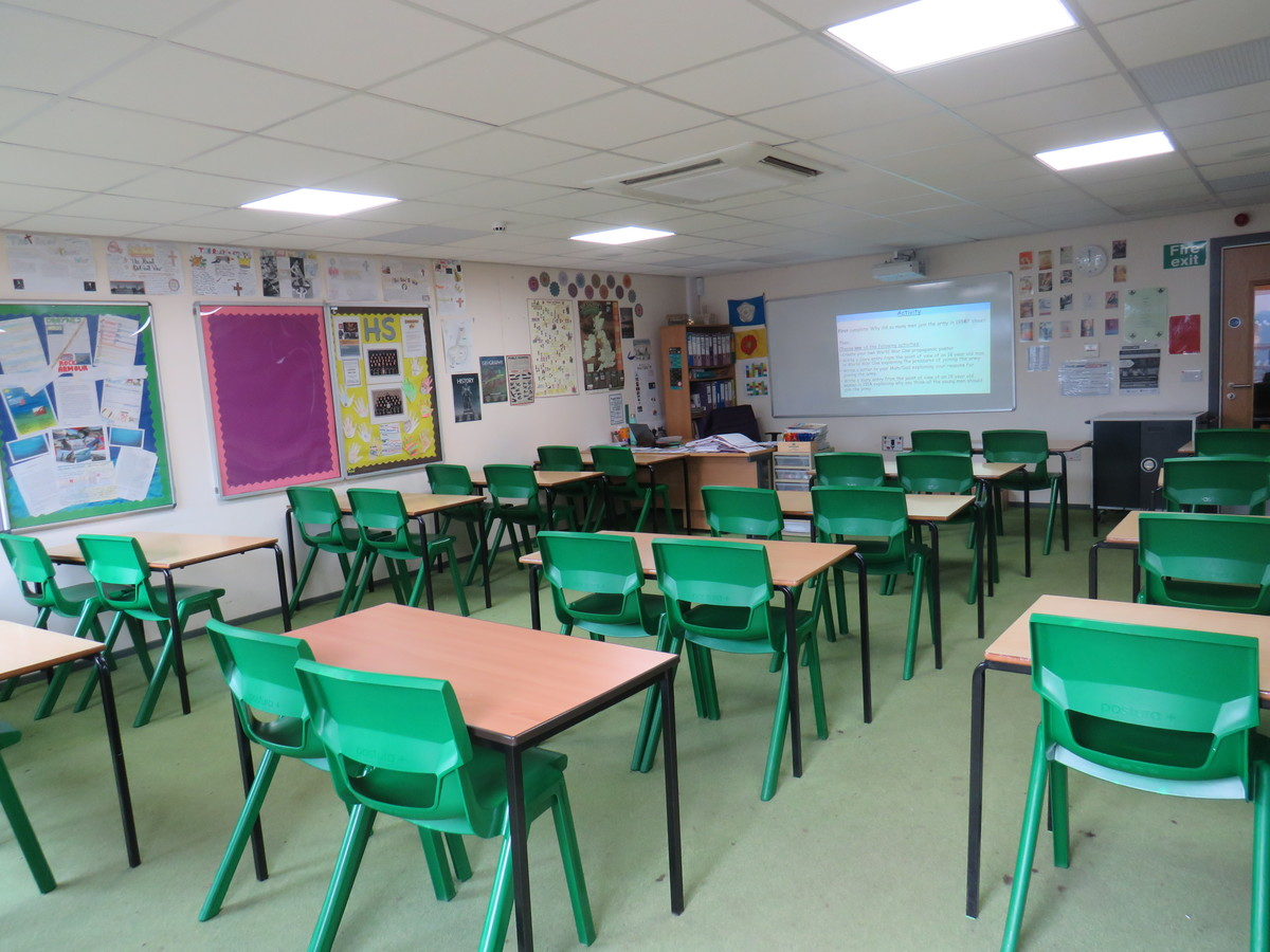 Classrooms - South Charnwood High School - Leicestershire - 1 - SchoolHire