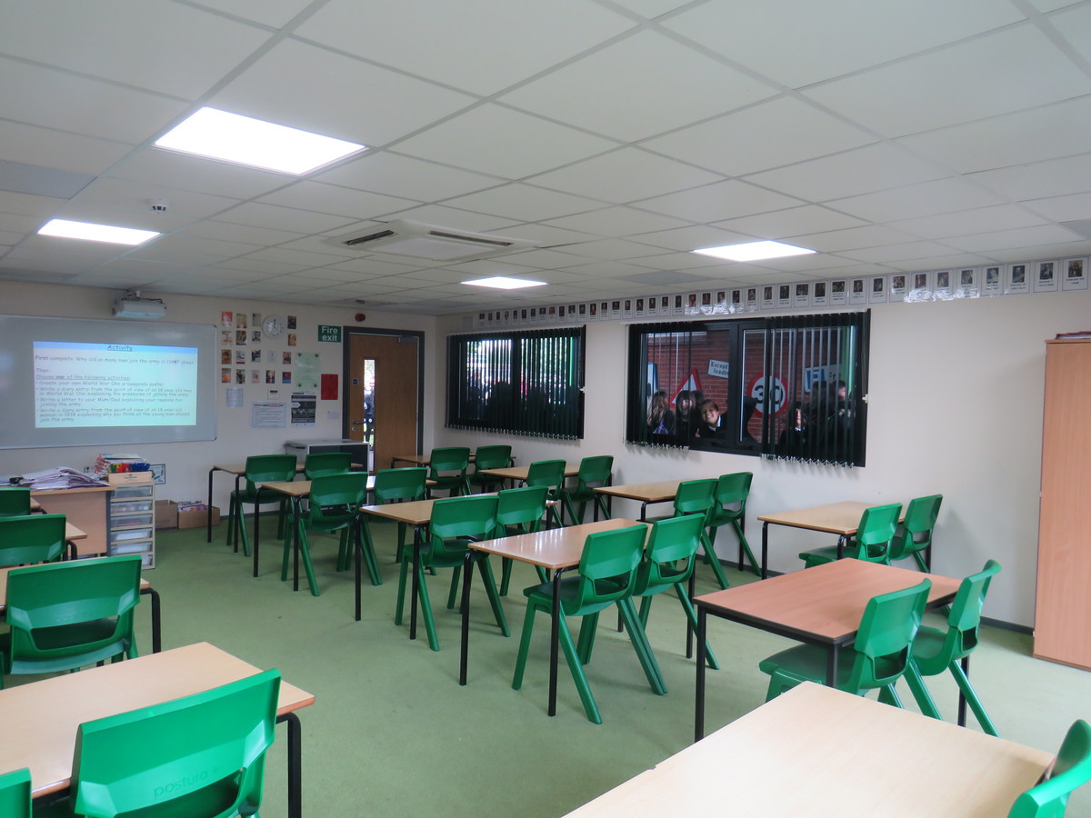 Classrooms - South Charnwood High School - Leicestershire - 2 - SchoolHire