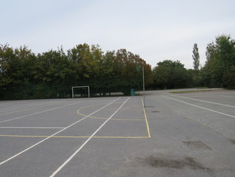 Netball/Tennis Courts - South Charnwood High School - Leicestershire - 3 - SchoolHire