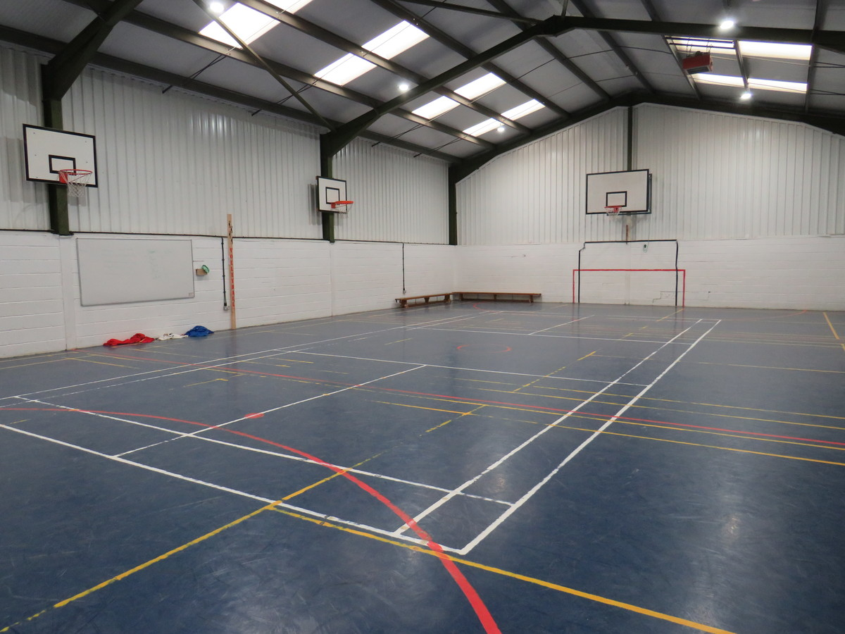 Sports Hall - South Charnwood High School - Leicestershire - 1 - SchoolHire