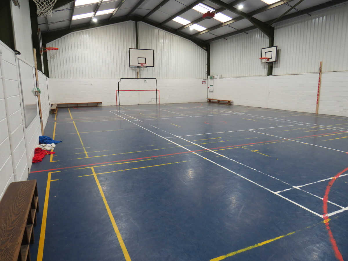 Sports Hall - South Charnwood High School - Leicestershire - 4 - SchoolHire