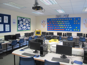 ICT Suite - St Edward's Preparatory  - Gloucestershire - 1 - SchoolHire